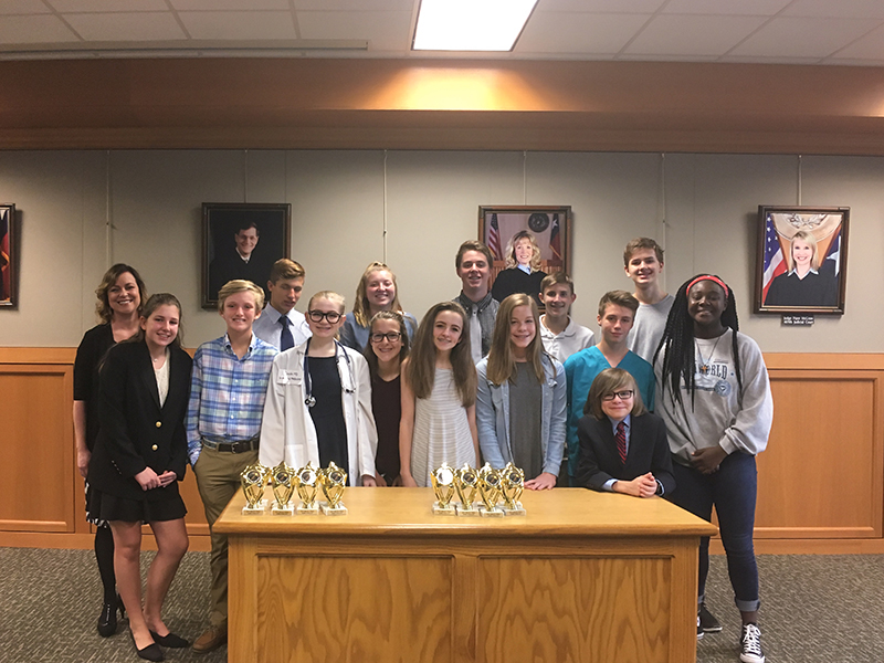 Group Photo of the 2017 CCBA Mock Trial Team from Dowell Middle School